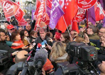 """Concentraciones contra la sentencia del Tribunal Constitucional y bajo el lema """"no al despido por enfermedad"""" en todo el país"""