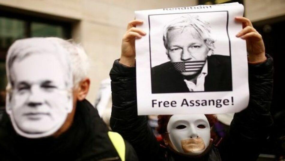 Corte de Londres prohíbe salida de la cárcel a Julián Assange