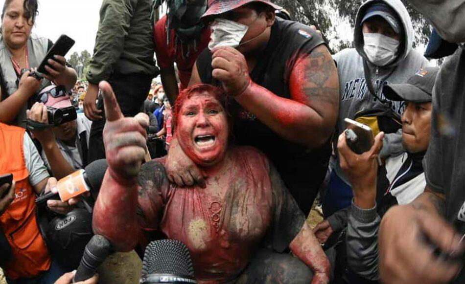 Opositores secuestran y agreden a una alcaldesa en Bolivia