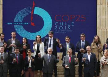La huida de la COP25 de Santiago de Chile a Madrid llega a España en medio de la campaña electoral