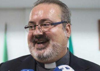 """Podemos Málaga ve """"indignante"""" que esté """"un minuto más"""" el sacerdote de la misa de Franco con la mención de hijo adoptivo de Mijas"""