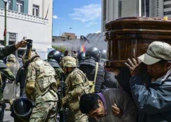 Larga tradición de golpes de Estado en América Latina y África
