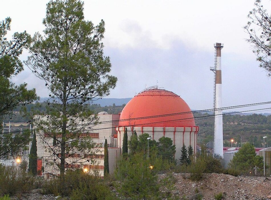 Greenpeace pide al próximo Gobierno que eleve un 200% la tasa nuclear para que el desmantelamiento  lo paguen las eléctricas