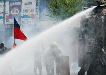 Polémica en Chile por uso de sustancias tóxicas por carabineros