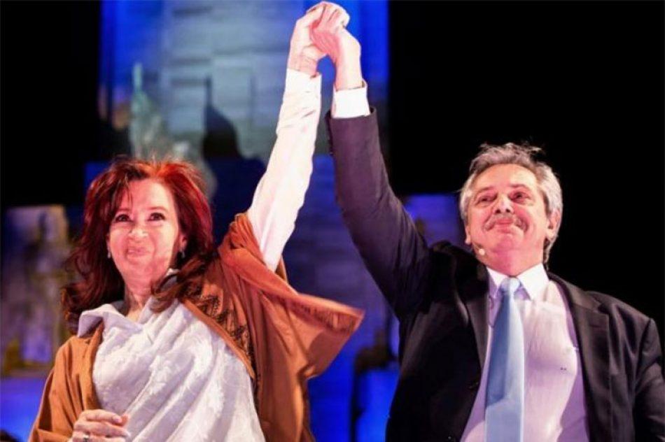 Comienza nueva era en Argentina, asumen Alberto y Cristina Fernández