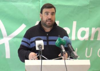 Adelante Andalucía pide la dimisión de los consejeros Aguirre e Imbroda por el caos de la Sanidad y la Educación en la provincia