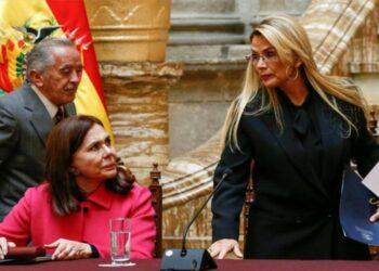 Añez pide ahora a España fortalecer las relaciones diplomáticas