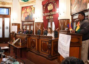 El MAS rechaza la expulsión de los diplomáticos españoles por el gobierno de facto en Bolivia