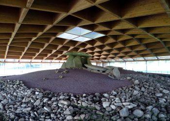 Asociaciones de Bergantiños critican la descontextualización arqueológica del centro de interpretación del Dolmen de Dombate fomentada por el PP