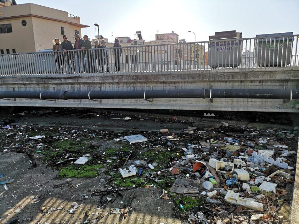 Adelante Sevilla denuncia el abandono que sufren los vecinos y vecinas de la barriada de La Doctora