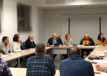 Vecinas y vecinos de la Vega del Guadalquivir contra la extracción de hidrocarburos en Sevilla