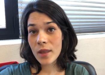 Isa Serra: «Me entero por los medios que la Fiscalía me pide 23 meses de cárcel por manifestarme frente a un desahucio.Una barbaridad»
