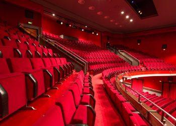 CGT desconvoca la huelga de fin de año en los teatros del grupo Balaña en Barcelona