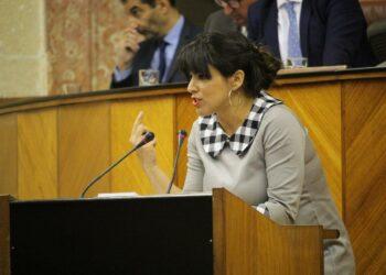 Teresa Rodríguez tacha de hipócrita el discurso de Juanma Moreno