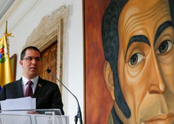 Jorge Arreaza condena declaraciones de Macron contra Venezuela