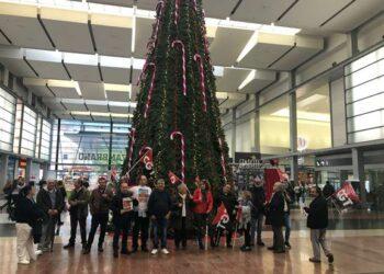 «Jaque mate» a la venta de billetes e información y atención personal al cliente en estaciones de tren de Málaga
