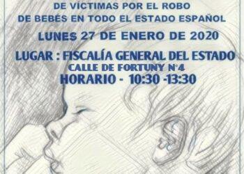 27-E: Gran concentración por el robo de bebés frente a la Fiscalía General del Estado, en Madrid