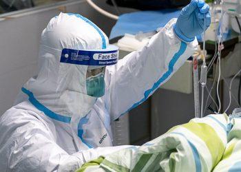 China amplía la cuarentena por el coronavirus con el cierre de 18 ciudades