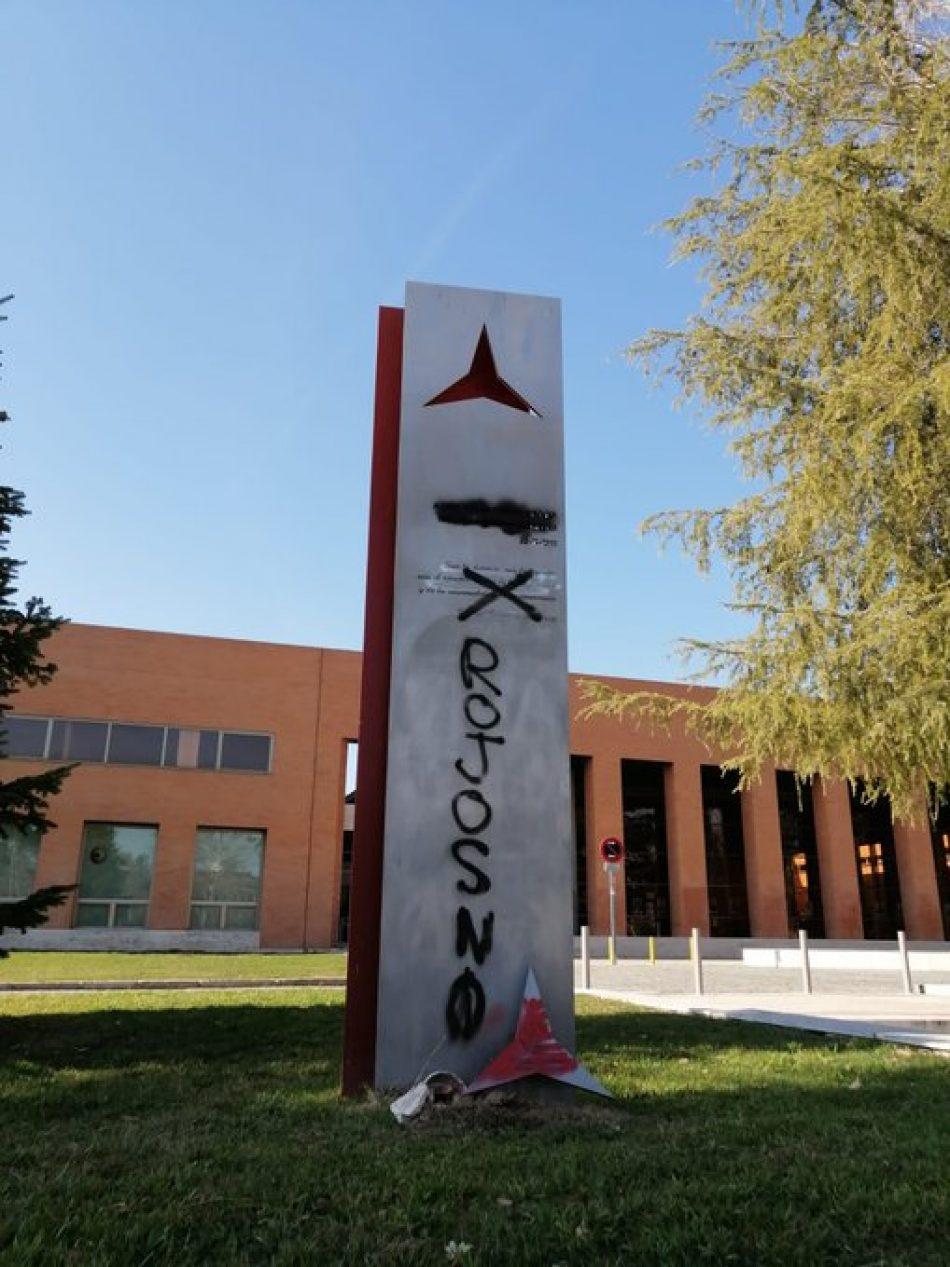 Ataque al monumento a las Brigadas Internacionales de la Ciudad Universitaria de Madrid
