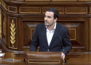 """Garzón defiende un Gobierno de coalición que apueste por el """"diálogo y la negociación para resolver los conflictos"""" frente a esos """"elementos reaccionarios que están en contra de esta investidura"""""""