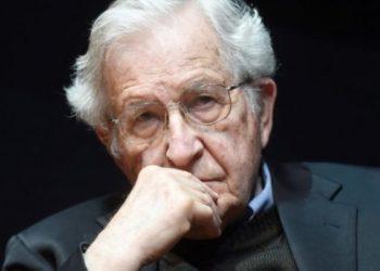 Noam Chomsky: «De Trump podemos esperar una catástrofe indescriptible»