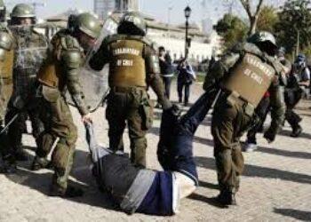 Chile. La protesta que no cesa a pesar de la gran represión / Otra noche de «combate» en Pudahuel