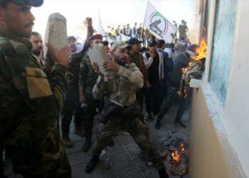 Estados Unidos anuncia el despliegue de 750 soldados en Irak tras ataque a su embajada