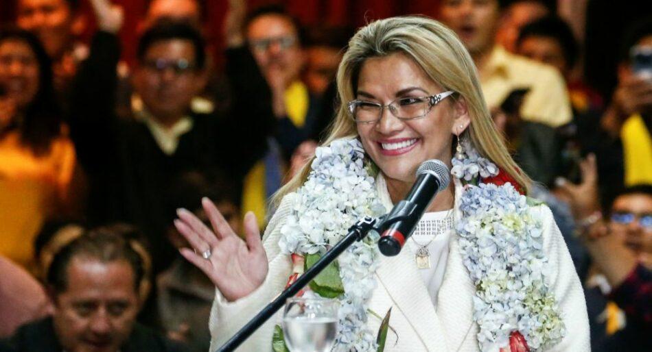 Jeanine Áñez será candidata presidencial en las elecciones de Bolivia