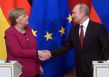 Moscú y Berlín defienden el mantenimiento del acuerdo nuclear con Irán