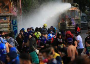 Balance del INDH a cuatro meses del estallido de las protestas en Chile: 3.765 heridos, 951 querellas por torturas y 195 por violencia sexual