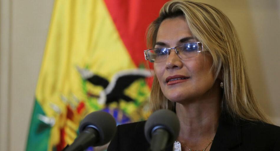 Un magistrado del Constitucional boliviano reitera la ilegalidad de la asunción presidencial de Añez