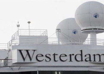 Camboya acoge crucero rechazado en países por temor a COVID-19
