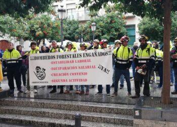 CGT llama a participar en la concentración de los Bomberos Forestales en lucha