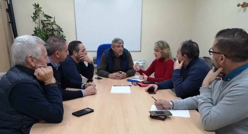 Adelante Sevilla propone una ordenanza municipal para limitar el número de vehículos VTC