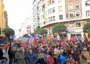 Multitudinaria movilización en León por el futuro de la provincia y la reindustrialización