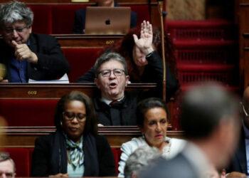 Francia. Reforma de las pensiones: el pedido de referéndum fue rechazado en un ambiente eléctrico en la Asamblea