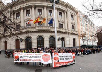 """CGT avisa a la compañía Grupo PSA de Zaragoza: """"No daremos ni un paso atrás en la lucha contra la explotación y la precariedad a la que sometéis a nuestra gente"""""""