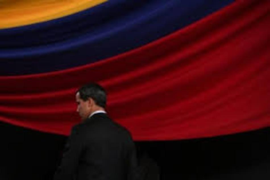 De nuevo Guaidó se burla de la justicia y sale del país
