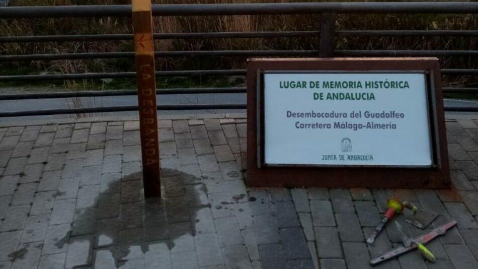 Rompen un cuadro y quitan la placa en honor a las víctimas de la 'Desbandá', en Granada