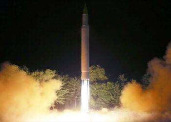 Corea del Norte lanza primeros misiles no identificados en 2020