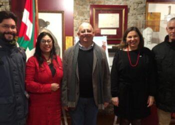 Pueblo vasco conmemora siete años de la siembra del Comandante eterno Hugo Chávez