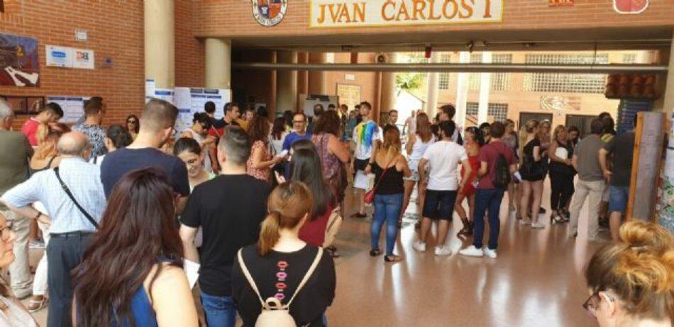 """CCOO Enseñanza reclama a Educación que retire sus actuales denominaciones al IES """"Juan Carlos I"""" de Murcia y al CEIP """"Rey Juan Carlos I"""" de La Unión"""