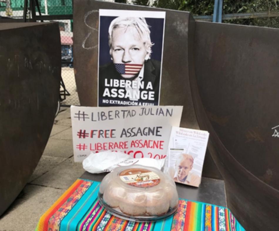 Julian Assange derrumba mitos de Occidente desde la cárcel y la tortura