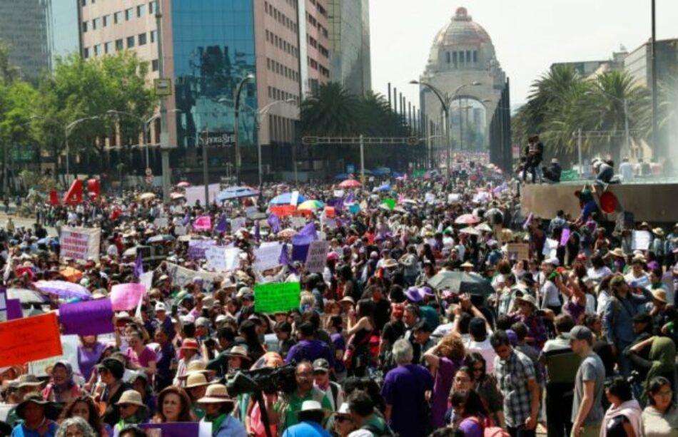 México. Manifestación del 8M ya en el Zócalo