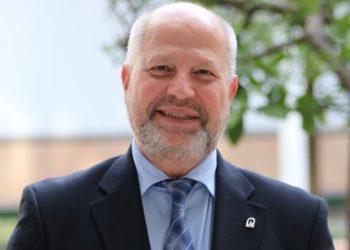 CGT denuncia que el Consejero de Educación de la Junta de Andalucía vive en una realidad paralela