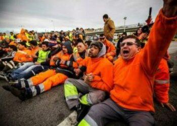Portugal: «¡Solidaridad con los estibadores de Lisboa!»