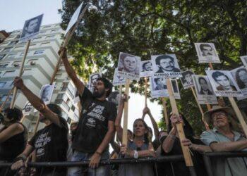 Uruguay. Protestas y reclamos por los desaparecidos al paso del nuevo presidente Lacalle Pou