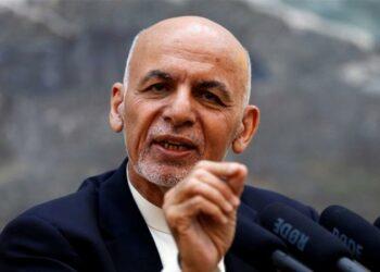 El presidente de afganistan Ghani rechaza el compromiso de liberación de 5000 presos suscrito en el acuerdo de paz