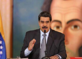 """Maduro advierte que Venezuela """"revisará a fondo"""" las relaciones diplomáticas con España"""