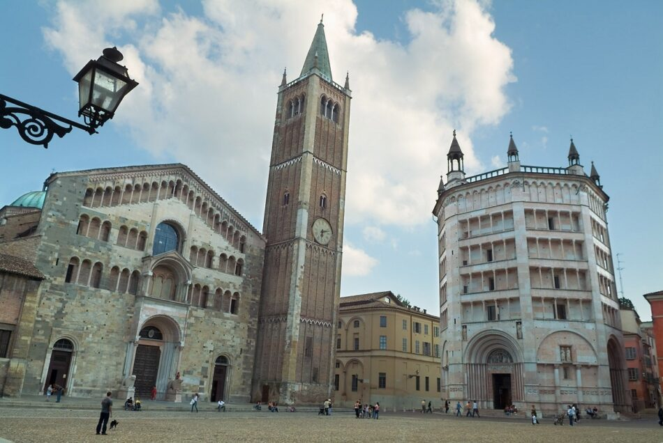 Conte firma un nuevo decreto para contener la propagación del coronavirus en Italia
